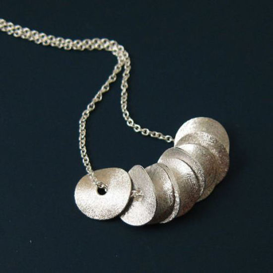 """925 Sterling Silver Necklace with Wavy Disc Pendant (16-24"""")"""