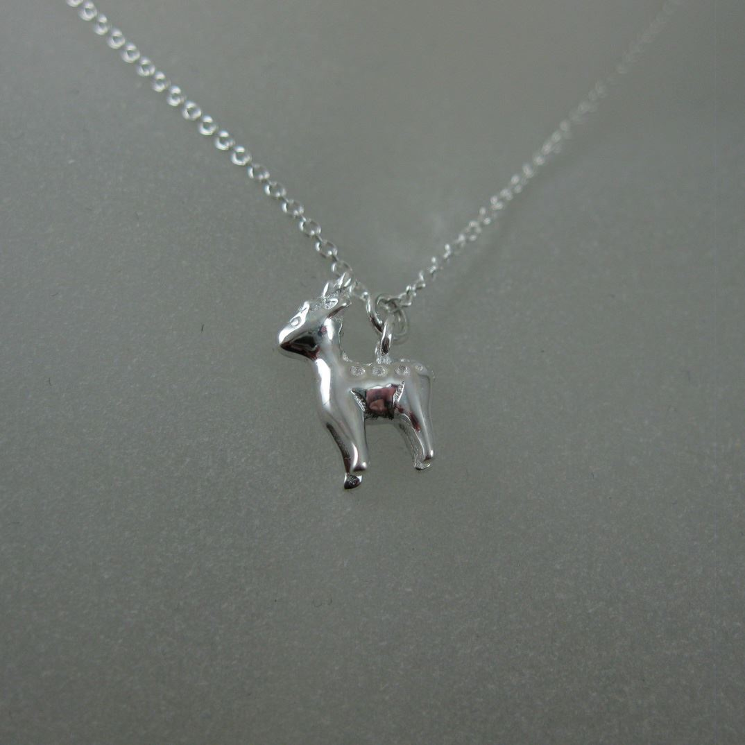 925 Sterling Silver Reindeer Charm Pendant Necklace (16-24 inch)
