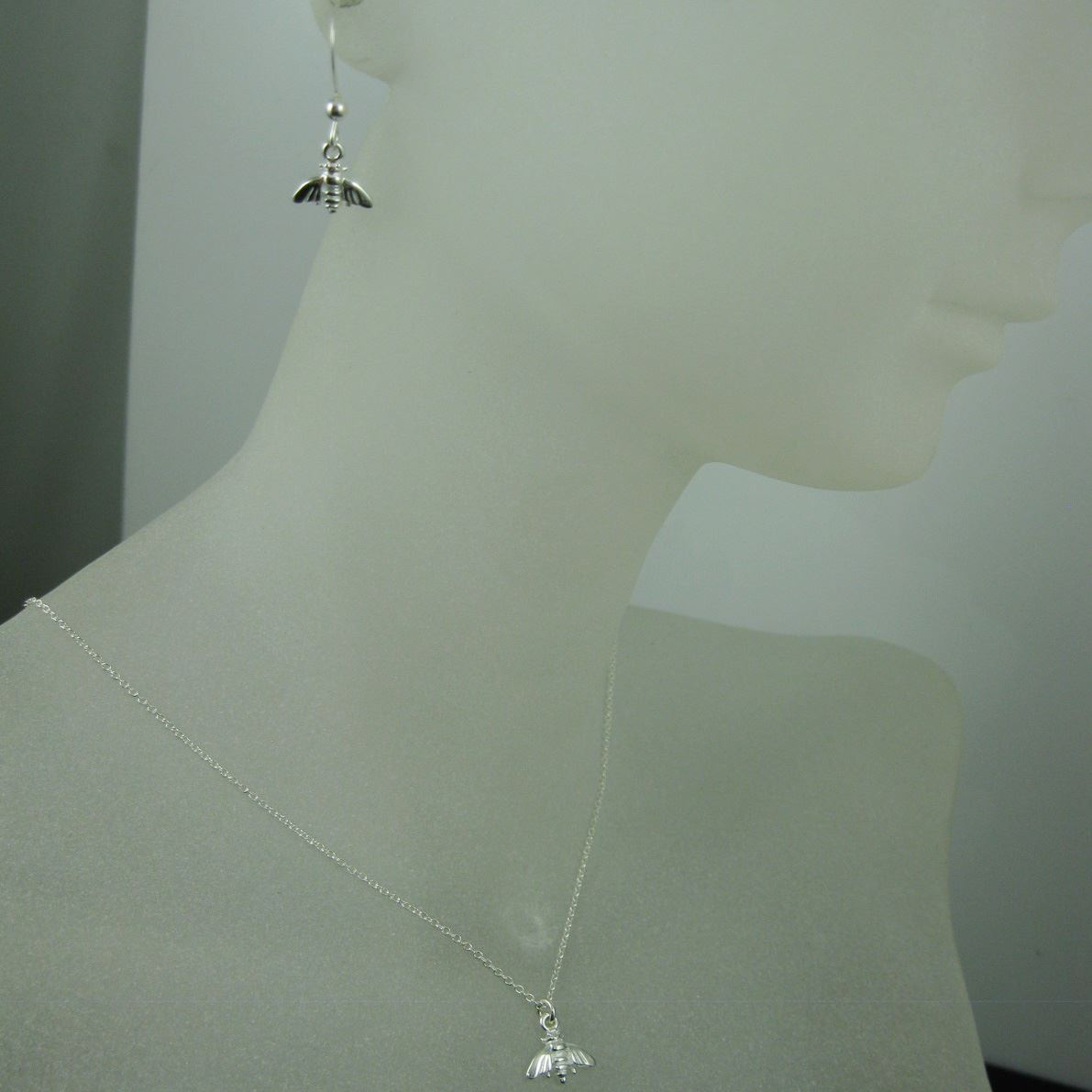 925 Sterling Silver Jewelry Set- Bumblebee Charm