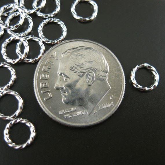 Sterling Silver Closed Jump Rings - Twisted Circle shape 18 ga - 6 mm ( 20 pcs )
