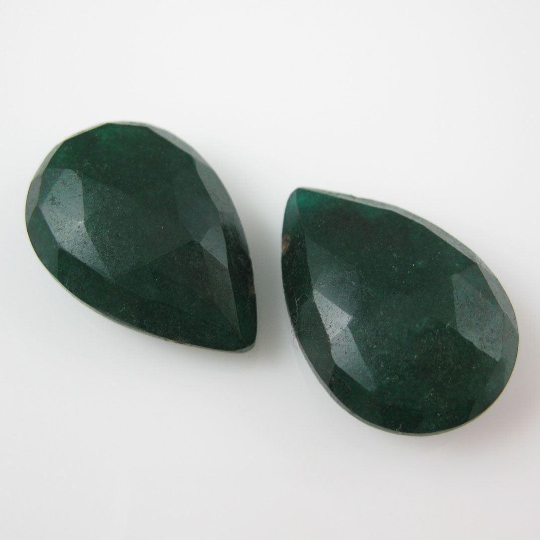 Semiprecious Gemstone Beads -Dyed Emerald Gemstone Bead Faceted Pear Shape - Ropada - Grade AA - 1 piece