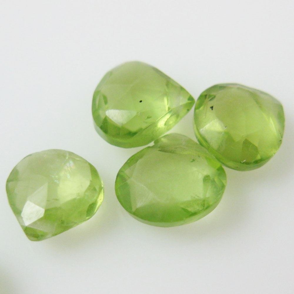Semiprecious Gemstone Beads -100% Genuine Peridot Gemstone Bead Faceted Heart Shape - Grade B - 6mm - 10 pieces