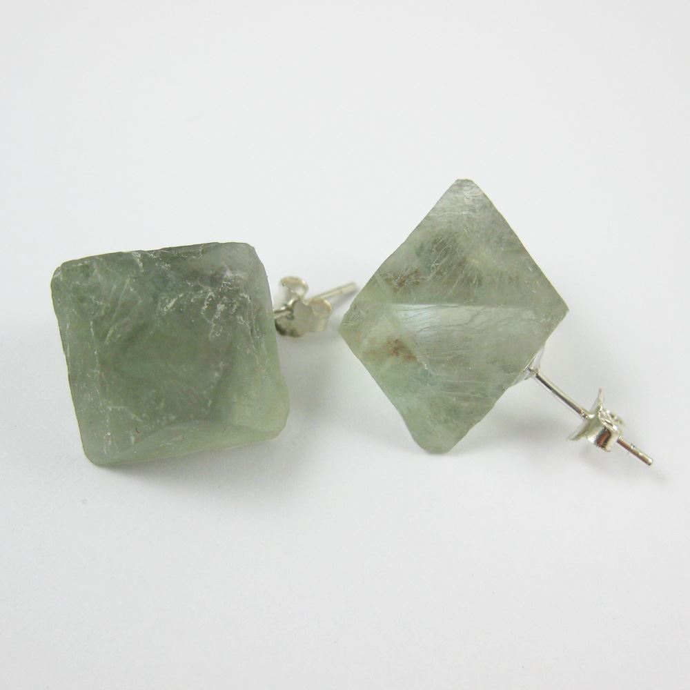 Raw Crystal Gemstone Cube Earrings, Raw Crystal Earrings,Genuine Green Crystal, Multi Faceted - 1 pair