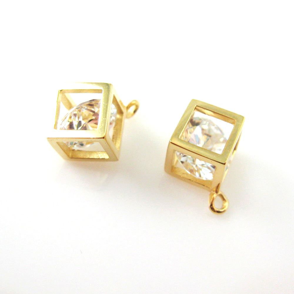 22k Gold plated over Sterling Silver Cube Charm - Box Charm - Cube With CZ Stone - Vermeil Diamond Cube
