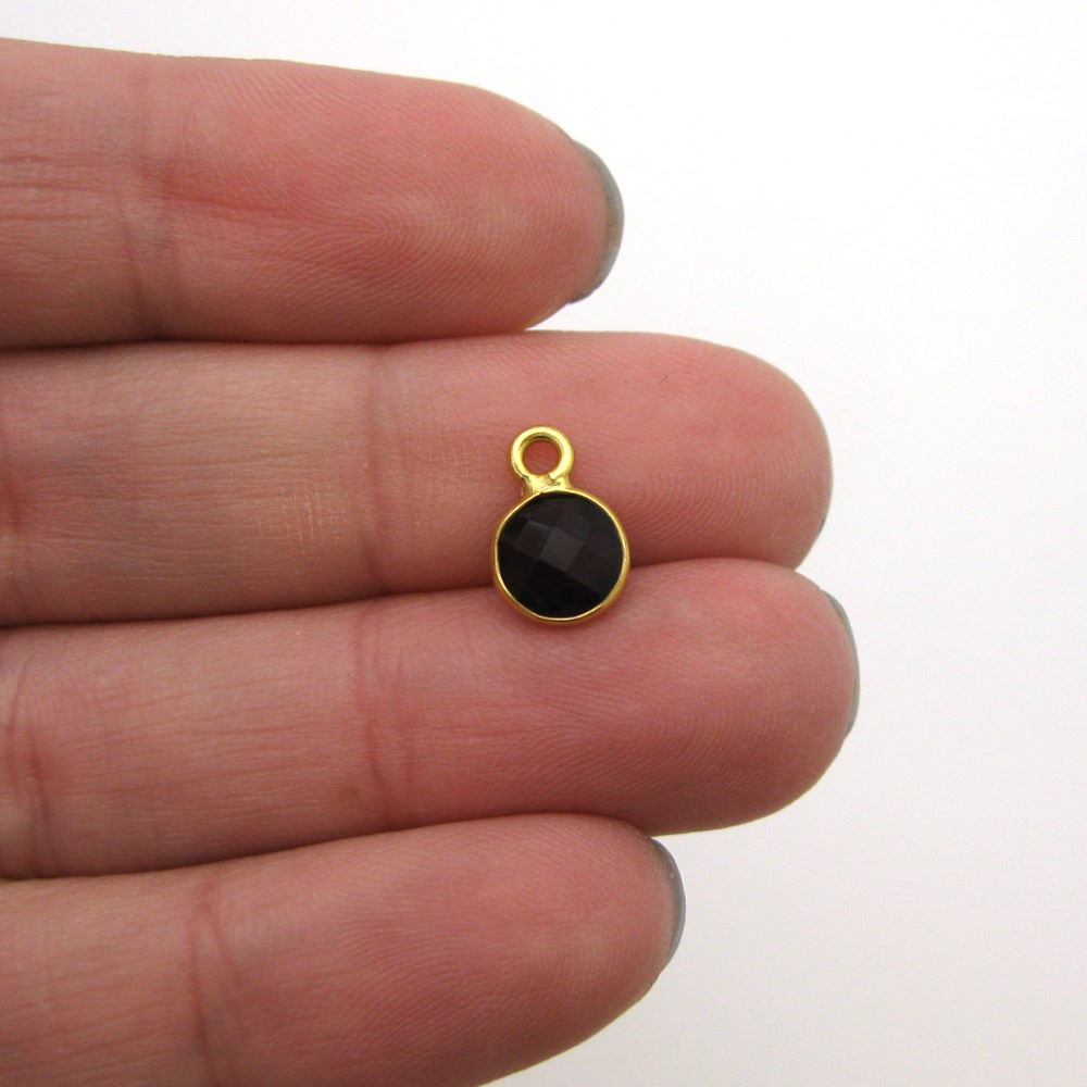 Bezel Gem Pendant-Gold Plated Sterling Silver-7mm Tiny Circle Shape- Garnet (sold per 2 pieces)