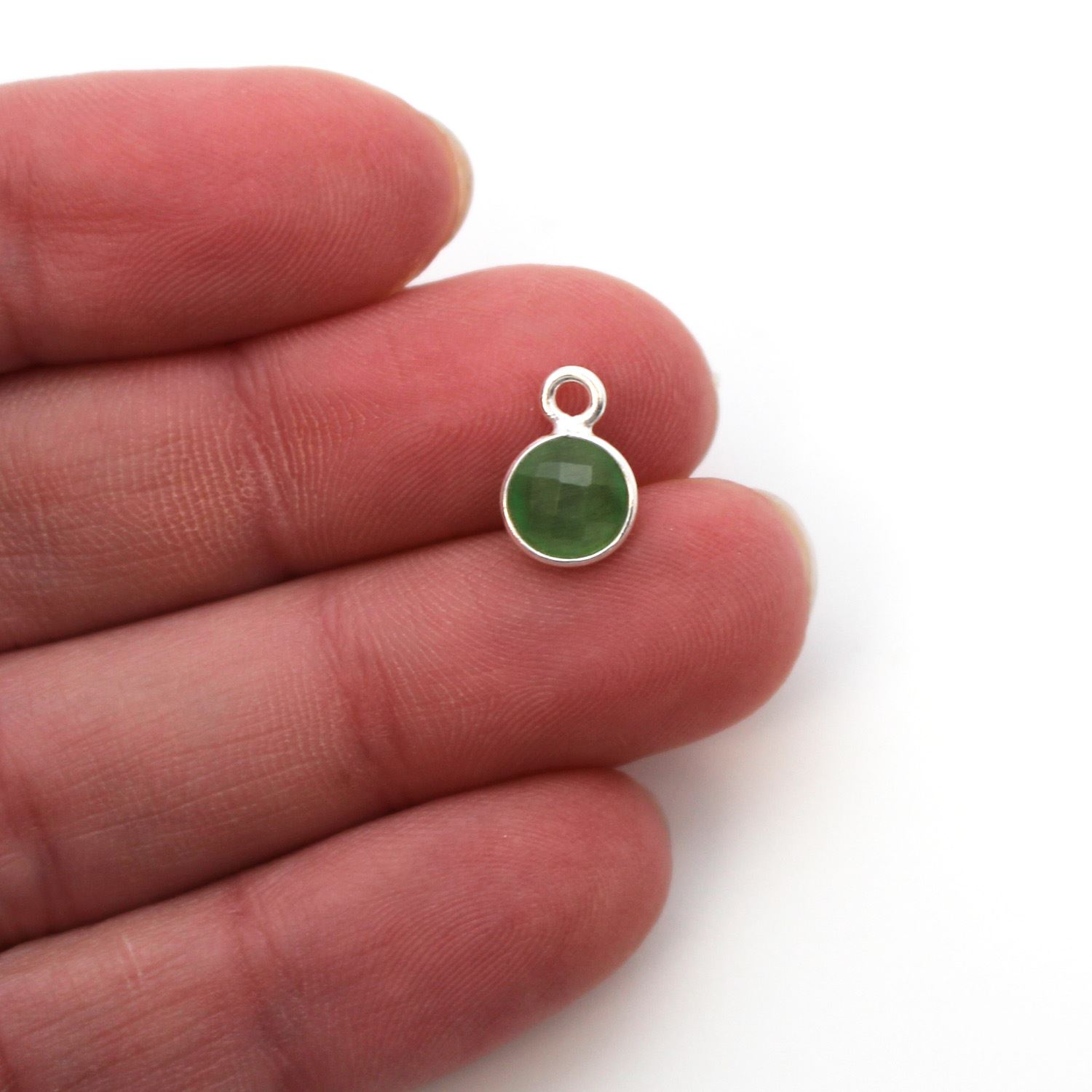 Bezel Gem Pendant-Sterling Silver-7mm Tiny Circle Shape - Green Monalisa (sold per 2 pieces)
