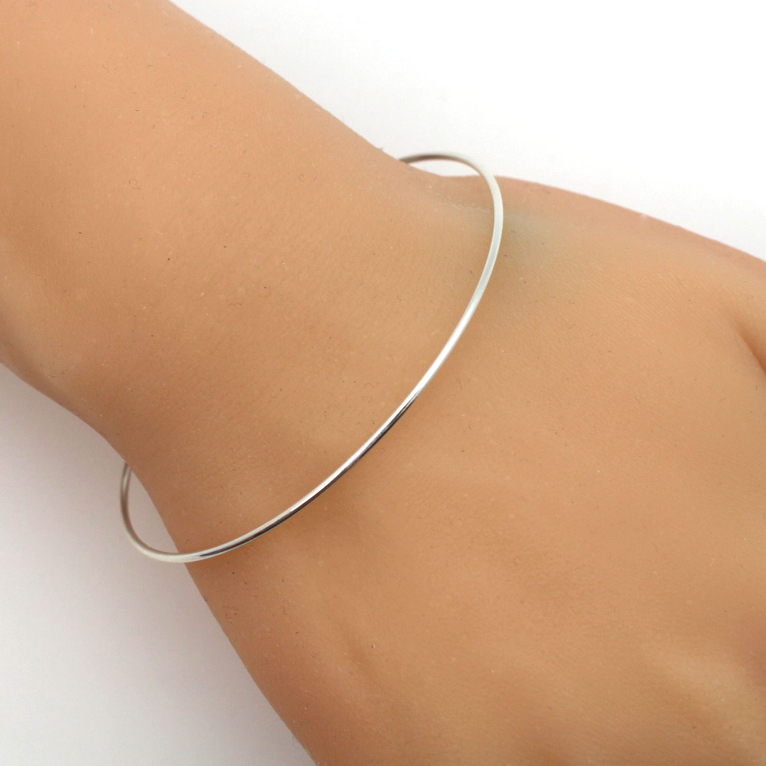 "Sterling Silver Round Wire Bangle - Interchangeable Bracelet for Connector Charms - 7"" (1 pc)"